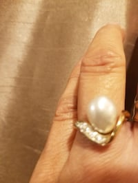 JUNE IS PEARL MONTH!!!! 14K BIWA PEARL RING W/DIAMONDS. Columbia