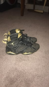 pair of black Air Jordan 7's Silver Spring, 20904