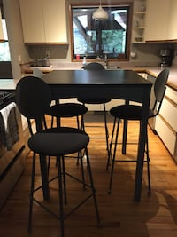 Bar height Table and 4 chairs , V9L