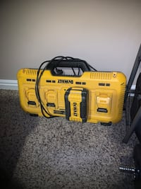 4 port dewalt charger with battey