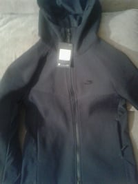 Nike tech pack jacket new never worn  Toronto, M4M 1H9