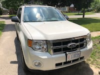 Ford - Escape - 2010 Kitchener, N2H 2R8