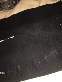 Footlocker joggers 65$ asking for 50$