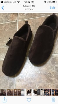 Men's slippers - size L Toronto, M4L 1M7