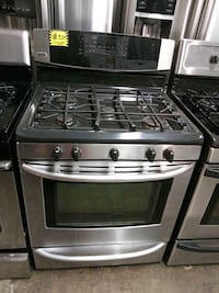 Kenmore gas stove stainless steel 5 burners  Baltimore, 21223