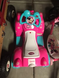 Electric Minnie Mouse rider  Bakersfield, 93314