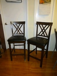 Pair of tall chairs for bar or hightable Alexandria, 22304