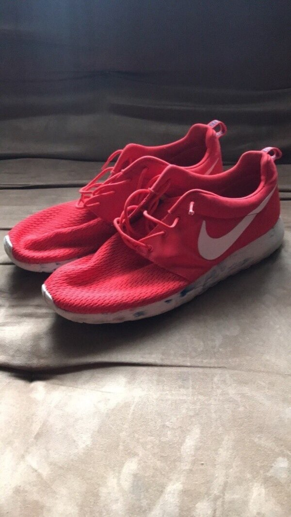 f7248d83e028 Used Pair of red nike running shoes for sale in Columbia - letgo