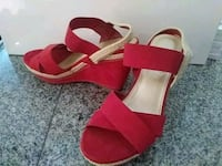 Red Wedges Size 9.5 Miami, 33176