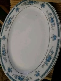 round white and blue floral ceramic plate East Orange, 07018
