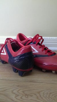 Umbro outdoor soccer shoes Thorold, L2V 4W7