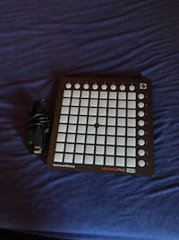 Novation Launchpad Mini Lothian, 20711