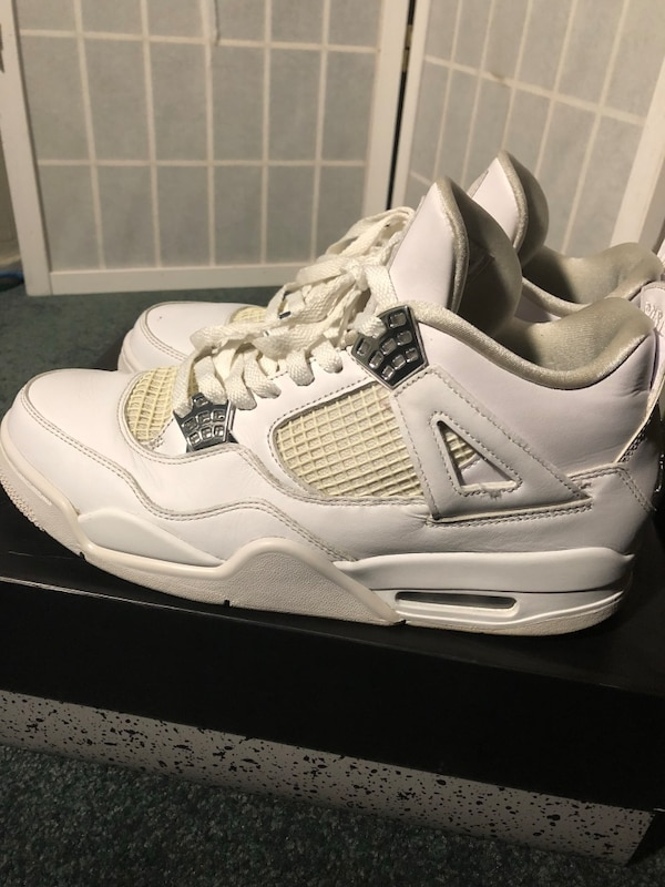 newest 80f3e 47ee2 Used Air Jordan retro 4 size 9.5 Pure money for sale in Redwood City - letgo