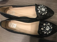 Brand new flat shoes size 9 546 km