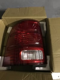 2009 ford explore taillight passenger side new in box North Port, 34286