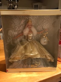 Holiday Celebration Barbie 2000 special edition Airmont, 10901