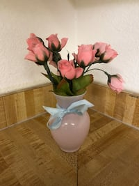 Small Pink Vase with Flowers  Corona, 92882