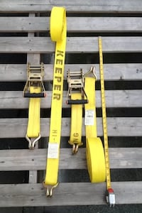 four yellow Keeper safety harness Everett, 98201