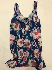 Floral tank top  Barrie, L4M 3H8