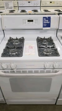 Ge natural gas Stove 30inches.  Hauppauge