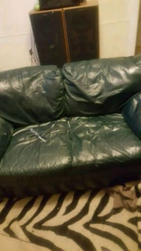 black leather 2-seat sofa Omaha, 68102