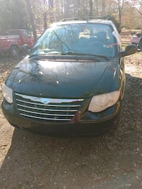 2006 Chrysler Town & Country Touring LWB Cottondale
