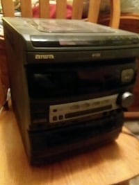 Aiwa stereo system with speakers and hook ups Elizabethton, 37643