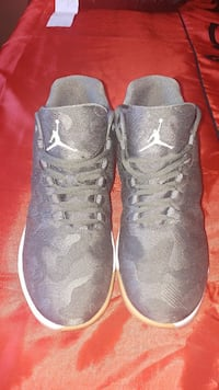 Jordan shoes size 9 Winnipeg, R2C