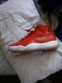 unpaired red and white Nike basketball shoe Riverdale, 30296