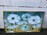 white and green floral wall decor Alexandria, 22311