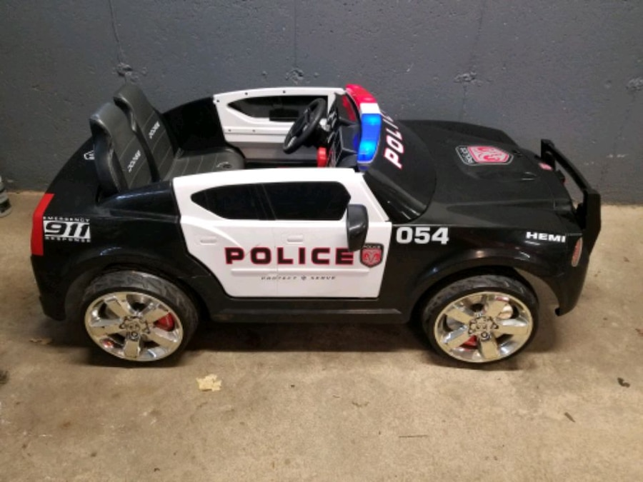 Photo Kid trax police car