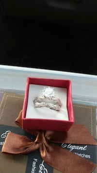 New sterling silver wedding set size 7