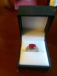 Rubio heart shaped ringnever worn Youngstown, 44511
