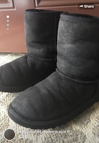•UGG•boots womens size 6 These have been repaired in the seam(pic shown)by shoe repair place they are good to go,lots of life left also have been dry cleaned come from clean smoke free home London, N5W 1C7