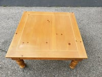 Brown solid wooden coffee table Toronto, M2H 1V6