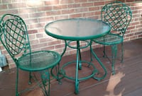 Green metal Patio Bistro set - Table & 2 Chairs Silver Spring