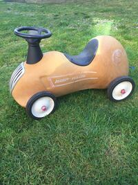 All metal radio flyer  Surrey, V3V 2R3