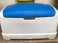 blue and white plastic cooler Marietta, 73448