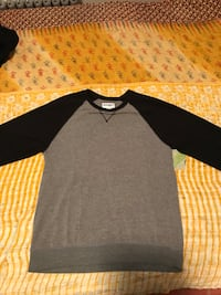 Lg old navy sweater