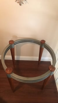 Round brown wooden framed glass top dining table with 4 chairs Winter Park, 32789