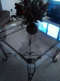 Nice thick beveled glass top table Jacksonville, 32246