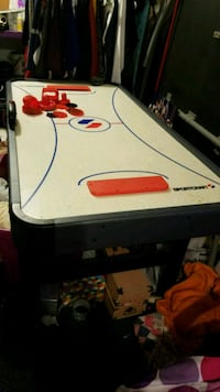 Air hockey table Johnstown, 15902