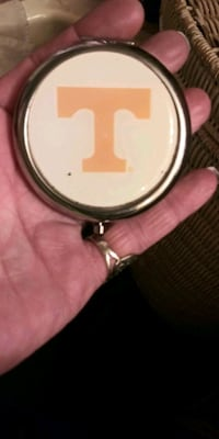 Tennessee Compact Mirror Blountville, 37617