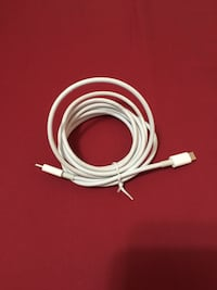 Original Apple Mac Book Pro charging wire  Burnaby, V5H