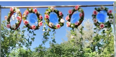 Flower garland/ table skirt pink birthday/party