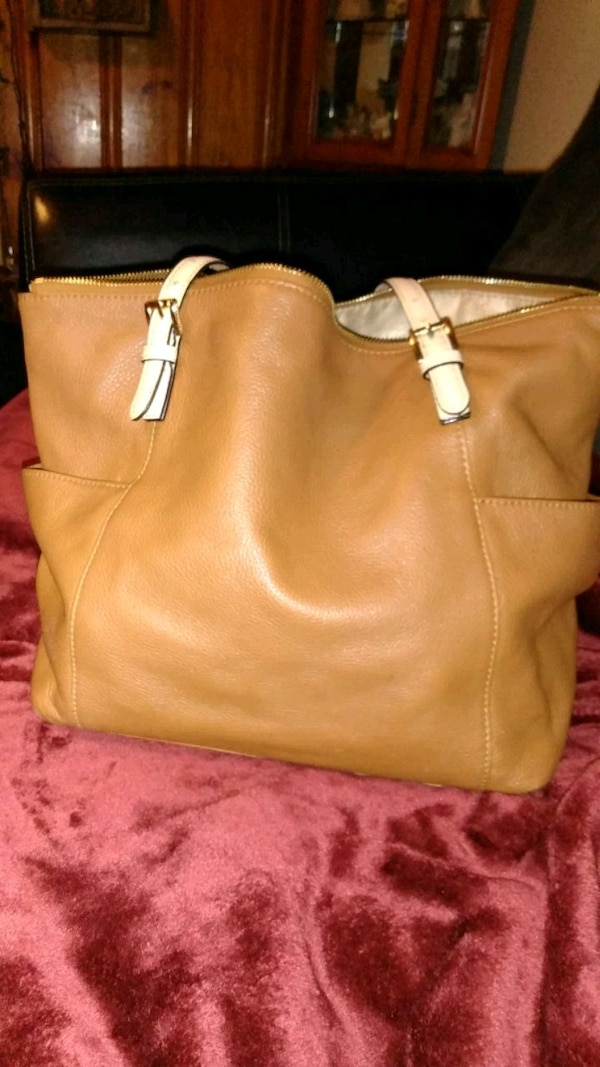 9fc3297faf3c Used Authentic Michael Kors Tan Leather Bag for sale in Rochester - letgo