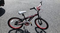 Children's white and red bicycle Lehigh, 18088