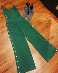 Nwot! Studded Jumpsuit Washington, 20018