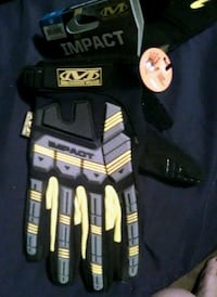 NEW. M-mechanixwear D30 impact protection gloves