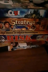 Board game lot, 4 games